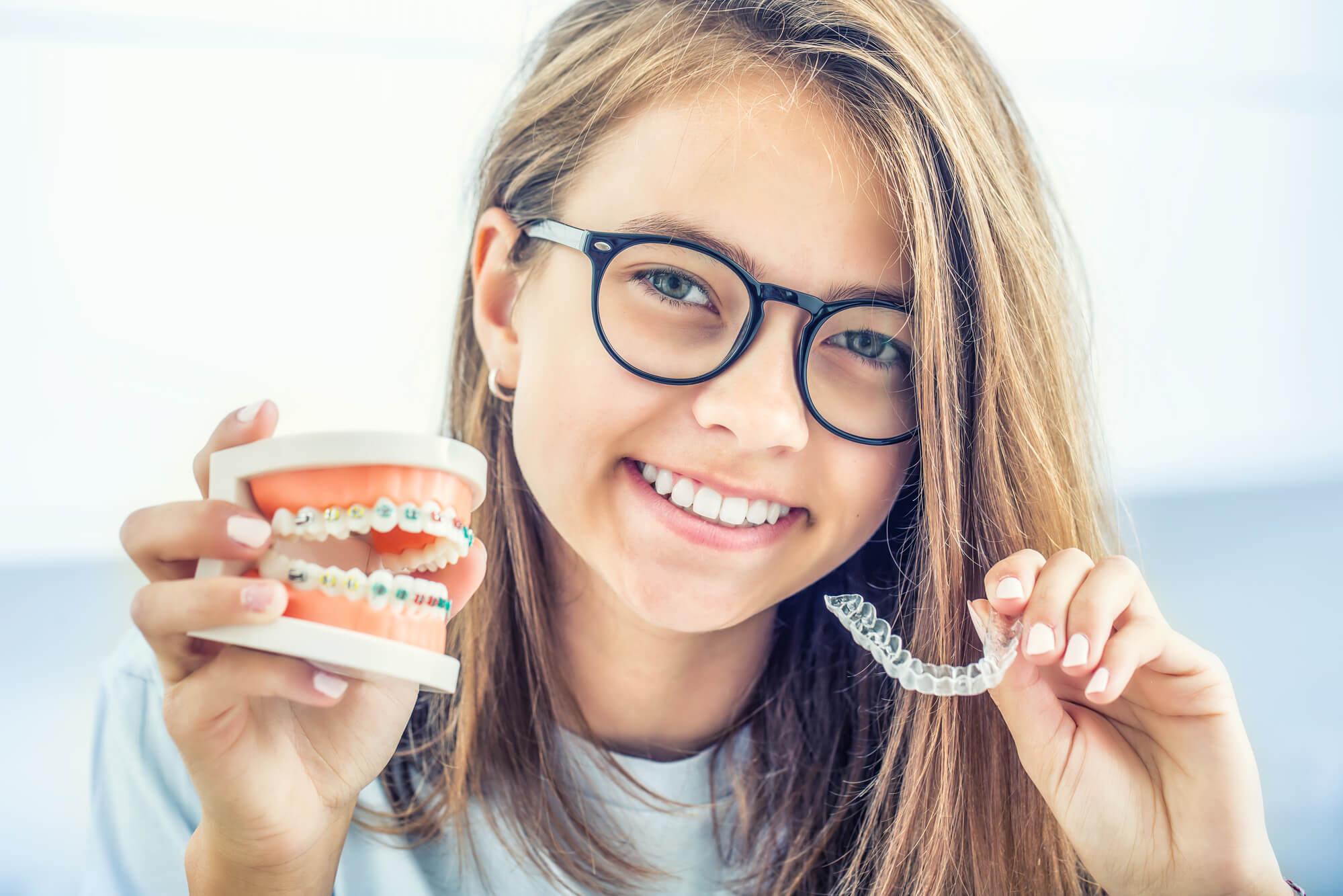 invisalign-vs-braces-orthodontist-33026
